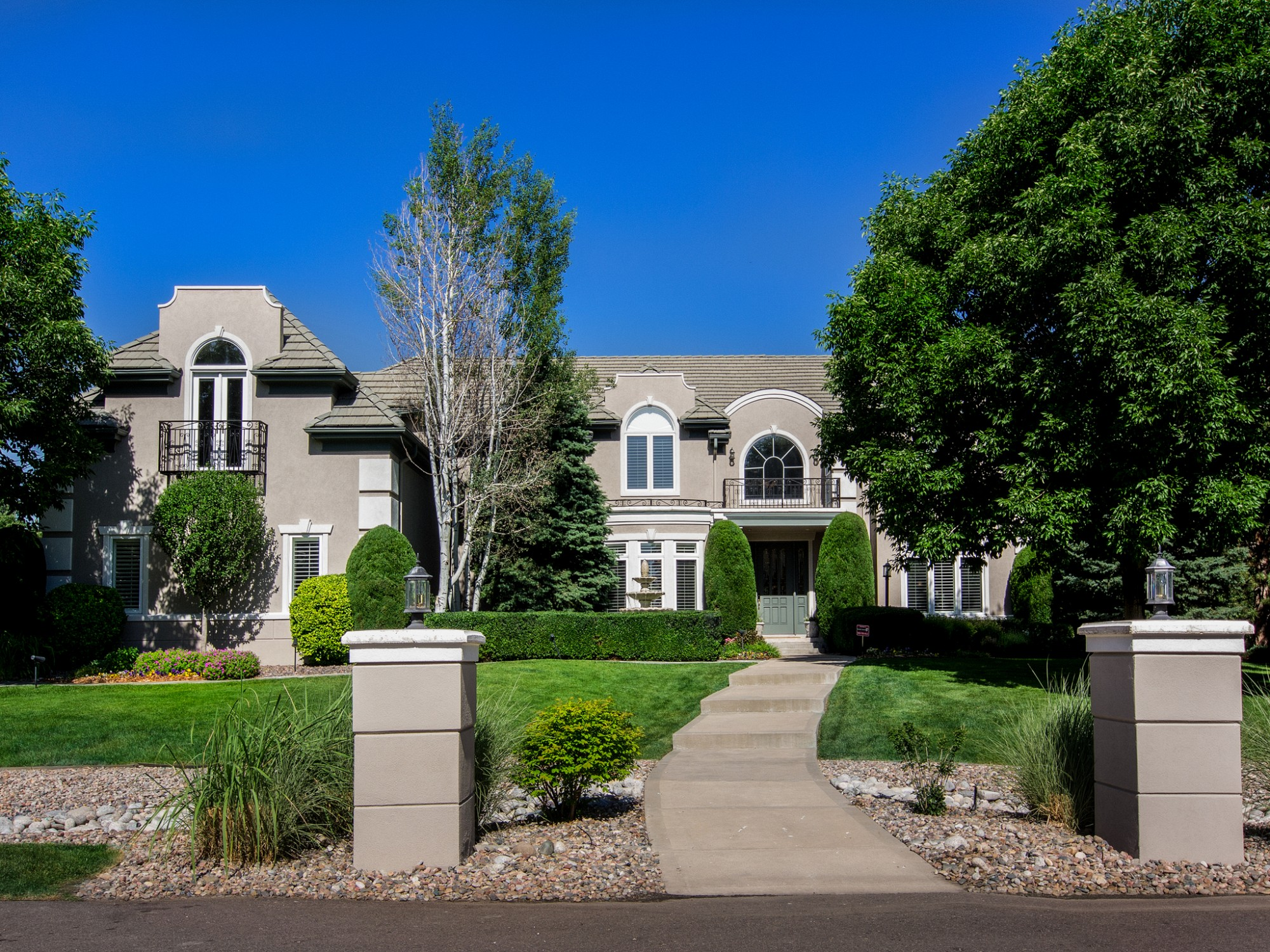 7611 S Polo Ridge Dr, Littleton, CO 80128
